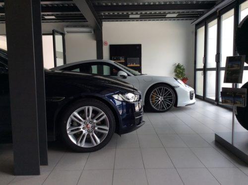 Salone consegna vetture